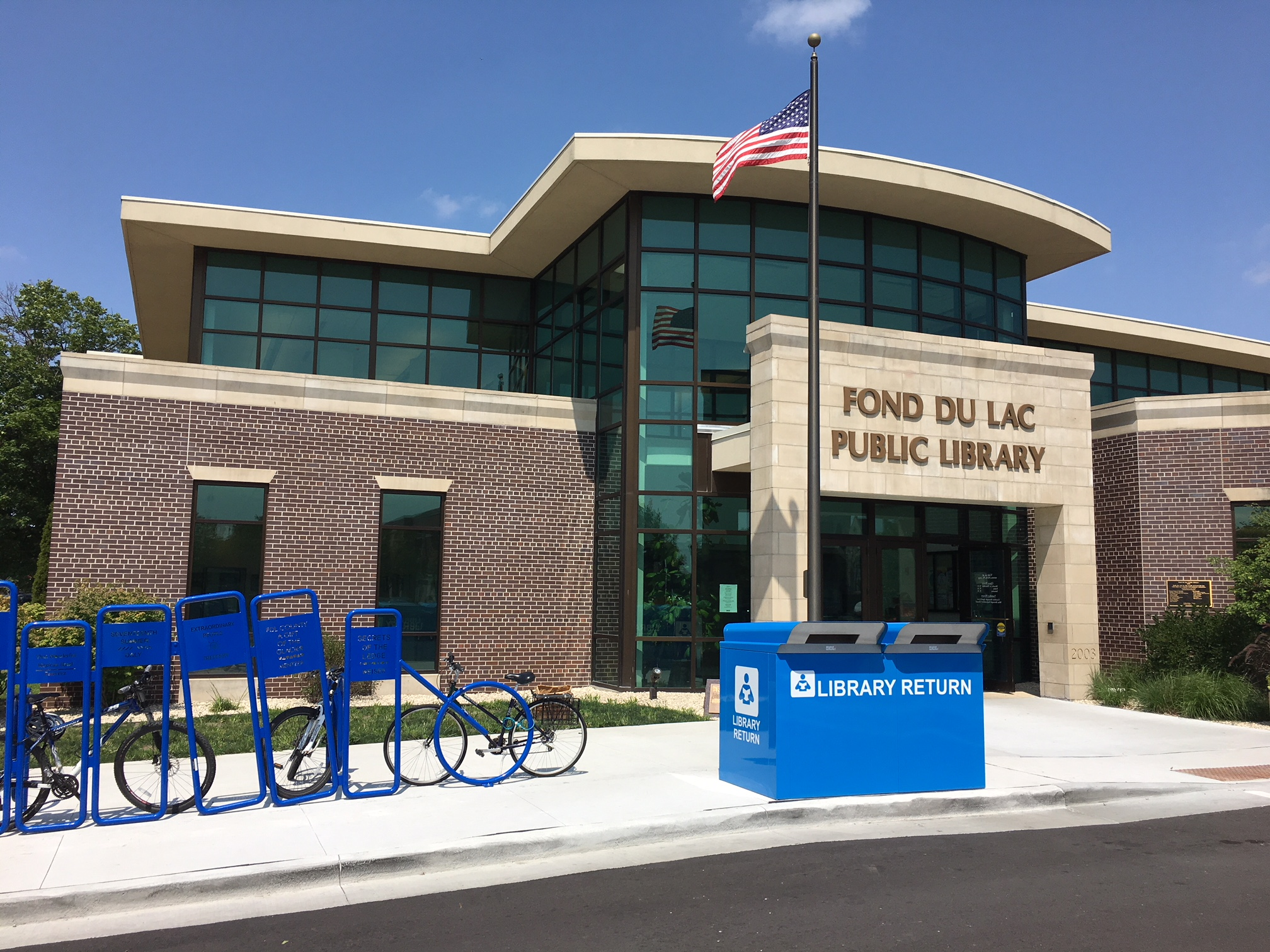 Downtown library, Express now open